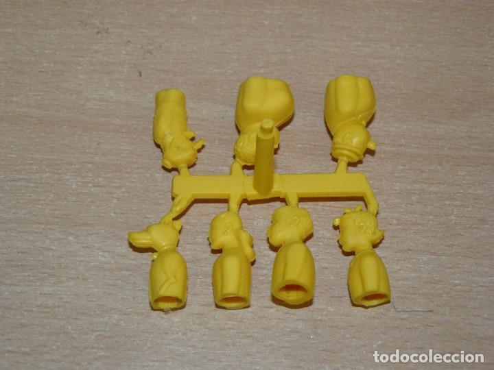 Tebeos: TBO colada 7 Personajes Familia ULISES capuchones adornos lápices tono AMARILLO Montaplex Comansi - Foto 3 - 287800343