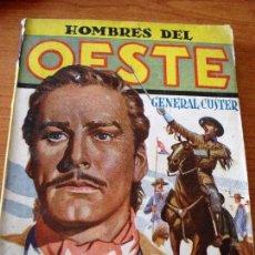 Tebeos: HOMBRES DEL OESTE Nº1 MURIERON CON LAS BOTAS PUESTAS + REGALO HOMBRES DE AZUL (VER FOTOS). Lote 78116189