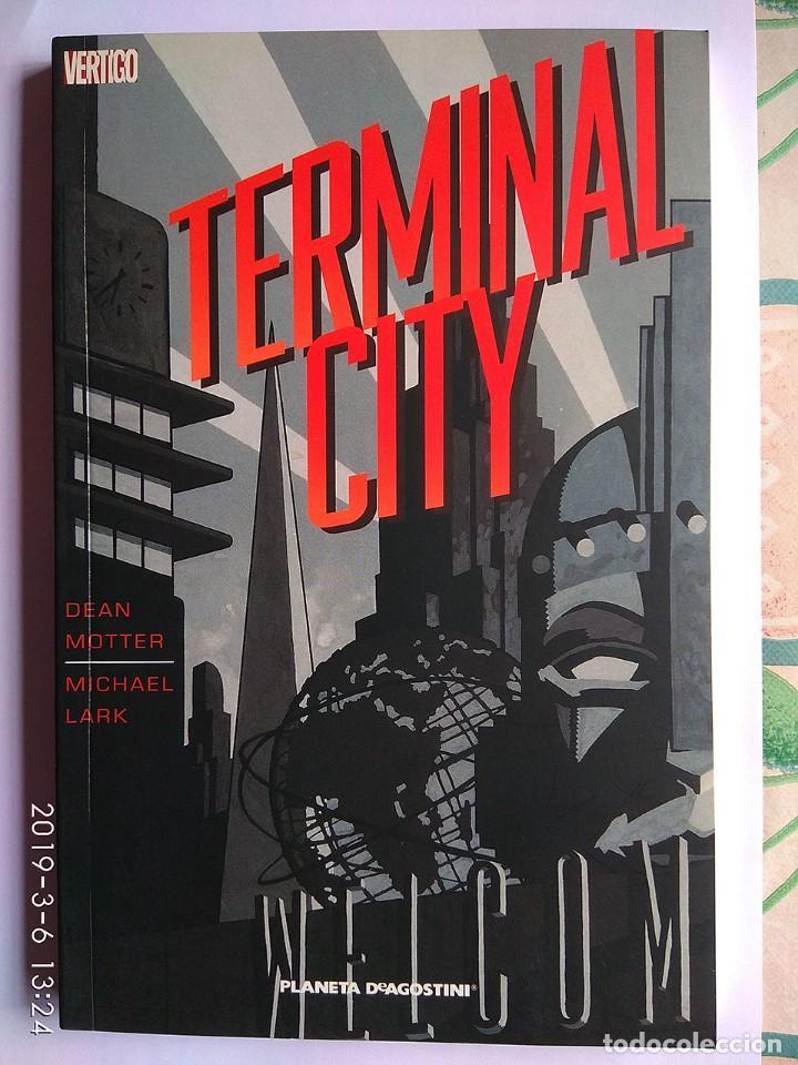 Tebeos: Lote 4 cómics Hombre Enmascarado (2 tomos) Guy Delisle Crónicas birmanas Terminal City (Vertigo) - Foto 10 - 213192492
