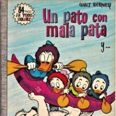 Tebeos: UN PATO CON MALA PATA Y... - WALT DISNEY DUMBO Nº 84 - 1972. Lote 240033710