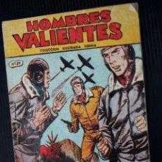 Tebeos: TOMMY BATALLA Nº 21 : EÑL CONVOY DEL ARTICO (COLECCION HOMBRES VALIENTES DE FERMA ).. Lote 204075556