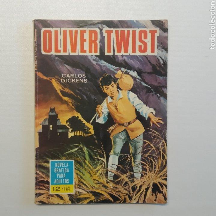 Tebeos: Lote 3 Novela Gráfica TORAY 27 El Corsario Rojo 28 El Extraño caso del Doctor Jekyll 35 Oliver Twist - Foto 2 - 286713823