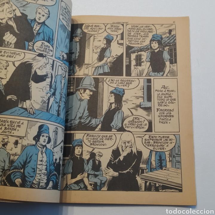 Tebeos: Lote 3 Novela Gráfica TORAY 27 El Corsario Rojo 28 El Extraño caso del Doctor Jekyll 35 Oliver Twist - Foto 9 - 286713823