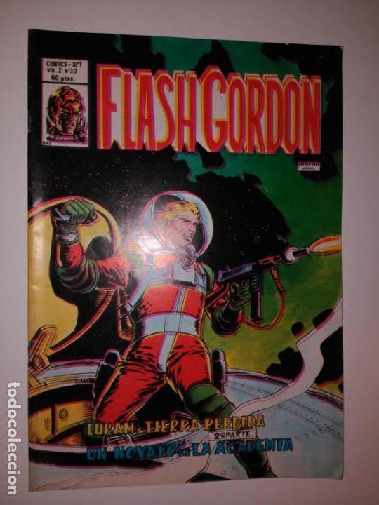 FLASH GORDON. EURAM TIERRA PERDIDA. VOL 2, N 32. (Tebeos y Comics - Hispano Americana - Flash Gordon)