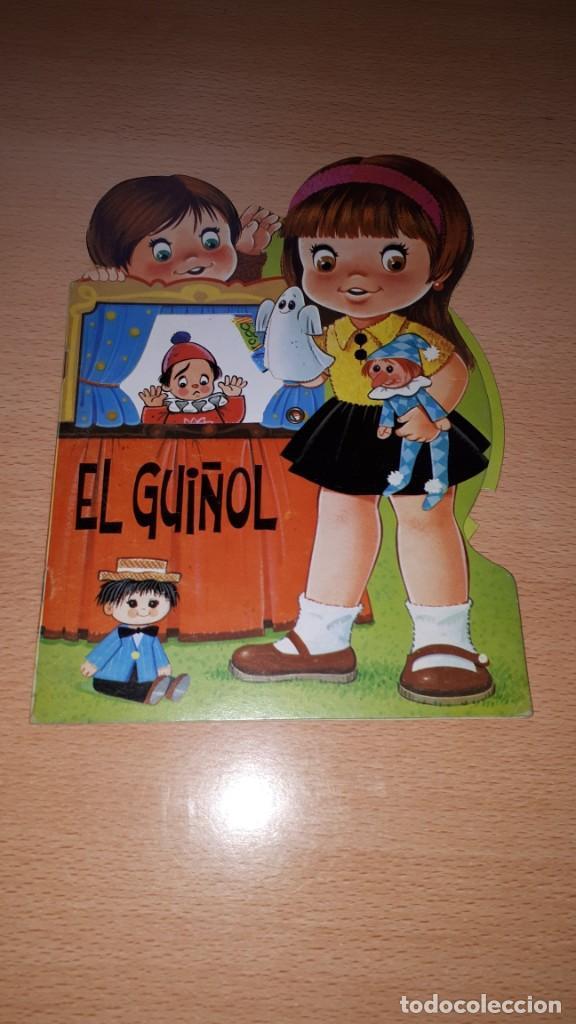 CUENTO TROQUELADO EL GUIÑOL. RUEDA CON CAMBIO DE ESCENARIOS. (Tebeos y Comics - Hispano Americana - Leyendas Infantiles)