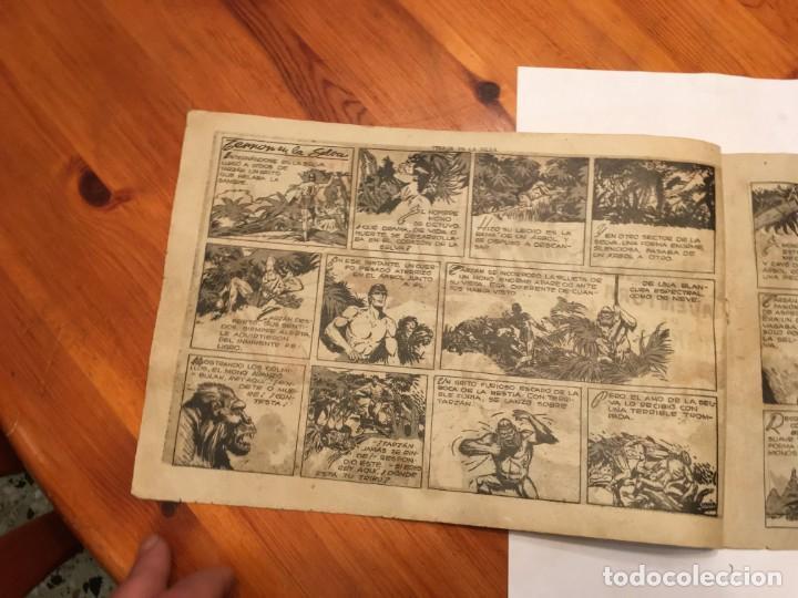 Tebeos: comic antiguo, aventura de tarzan,muy fragil , estado regular , con grietas, pero no roto, ver fotos - Foto 2 - 191632430