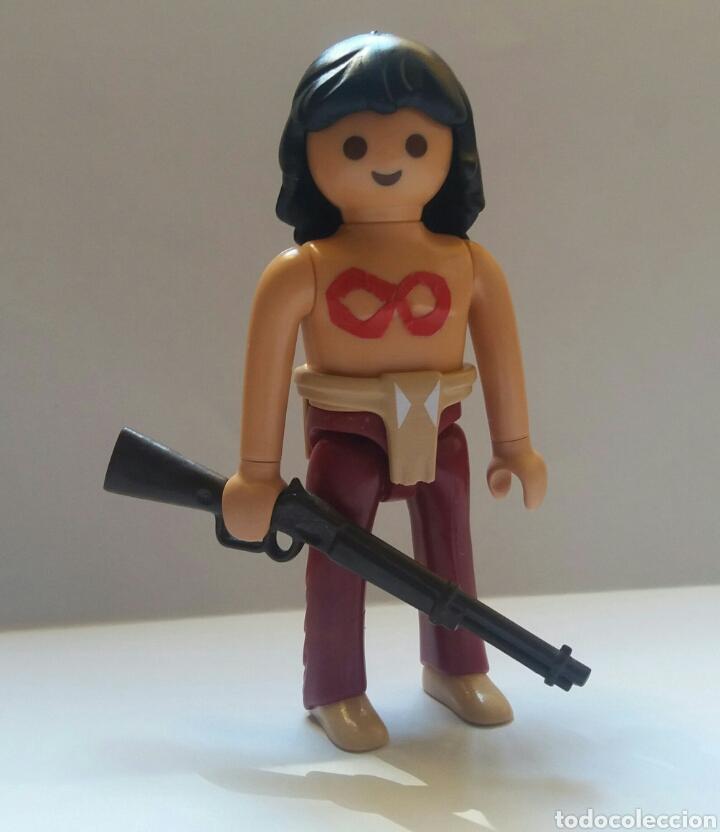 1 PLAYMOBIL FLECHA ROJA PERSONAJE DE EDITORIAL MAGA (Tebeos y Comics - Maga - Flecha Roja)