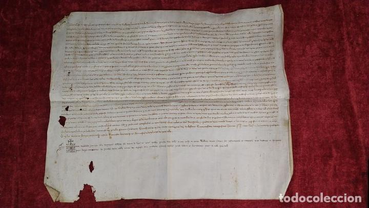 Tebeos: PROMESA DE GUILLEM ROVIRA SOBRE EL MAS ROVIRA DE COLLSABADELL. PERGAMINO. CATALUNYA. ESPAÑA. 1393 - Foto 2 - 201615376