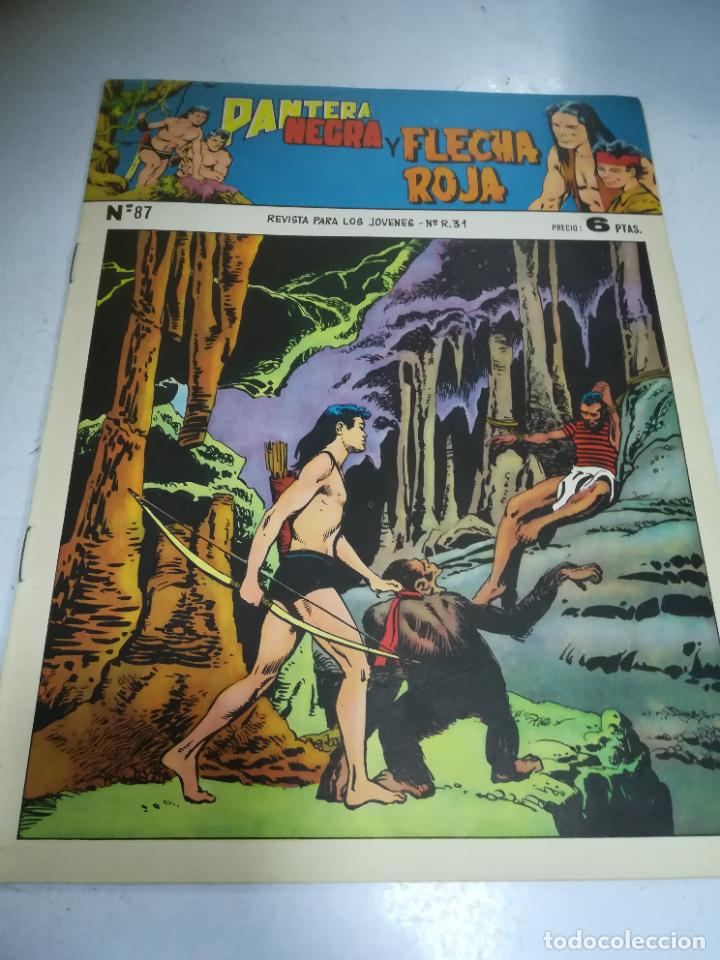 TEBEO. EDITORIAL MAGA. PANTERA NEGRA Y FLECHA ROJA. Nº 87. (Tebeos y Comics - Maga - Flecha Roja)