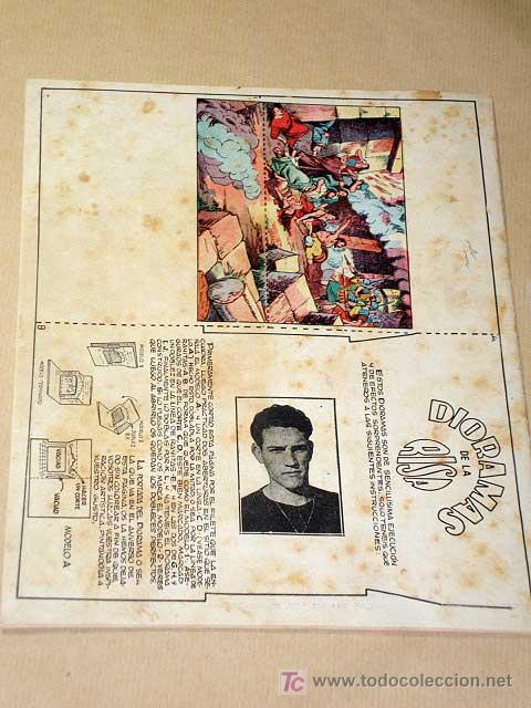Tebeos: LA RISA, 2ª ÉPOCA, Nº 9, VERANEARÁ Y NO SE CANSARÁ EN. EDITORIAL MARCO, 1952. CON DIORAMA Y CROMO. + - Foto 3 - 26060095