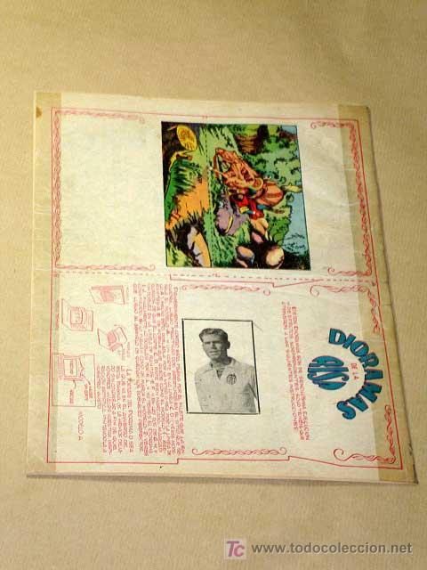 Tebeos: LA RISA, 2ª ÉPOCA, Nº 34, VILLAPITOS FABRICA DE TABACOS. EDITORIAL MARCO, 1953. CON DIORAMA Y CROMO - Foto 3 - 26038180