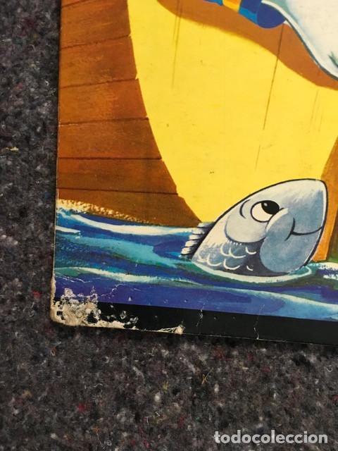 Tebeos: El Pato Donald de viaje - Cuento troquelado gigante - 1966 D50 - Foto 2 - 101208515