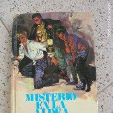 Tebeos: NOVELA DE MOLINO MISTERIO EN LA ALDEA ENID BLITON 1958 ,205 PAGINAS. Lote 162038362