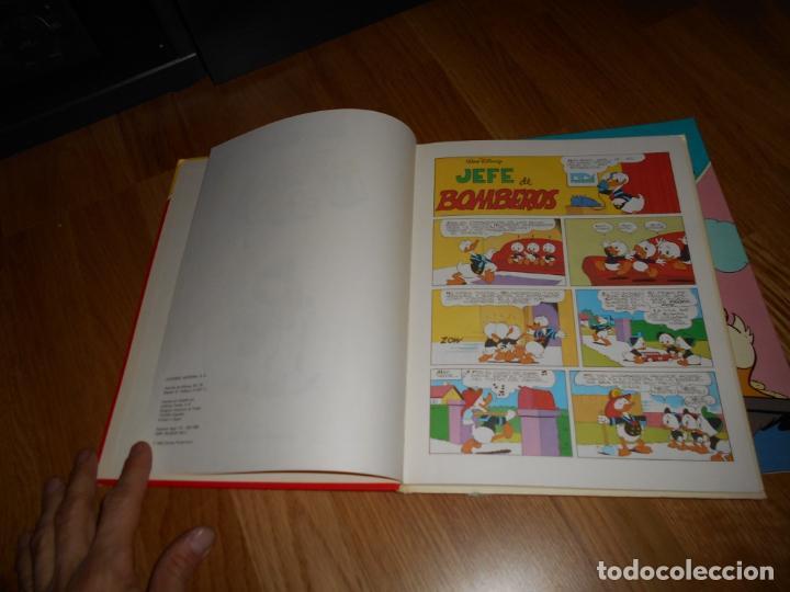 Tebeos: WALT DISNEY PATO DONALD EDIT. MONTENA NºS 1 Y 3 DONALD JEFE BOMBEROS 1ª EDICION 1980 PERFECTOS - Foto 4 - 62332452