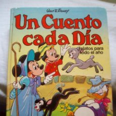 Tebeos: UN CUENTO CADA DIA PRIMAVERA WALT DISNEY TOMO I. Lote 114885851