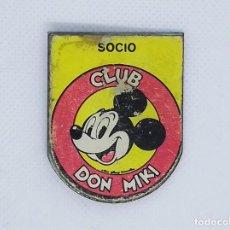 Tebeos: INSIGNIA O PIN DE SOCIO CLUB DON MIKI. Lote 189922877