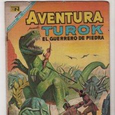Tebeos: AVENTURA TUROK # 525 NOVARO & TUROK # 56 GOLD KEY, ESPAÑOL E INGLES MISMO COMIC . Lote 40139872