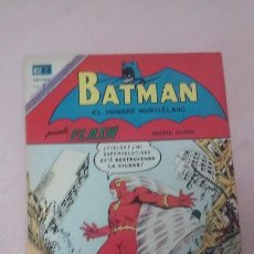 Tebeos: BATMAN PRESENTA FLASH - LINTERNA VERDE Y FLASHITO EDITORIAL NOVARO N°705. Lote 96819803