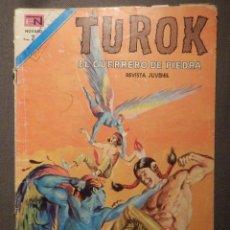Tebeos: COMIC - TUROK - SERIE AGUILA - EL GUERRERO DE PIEDRA - AÑO V - Nº 55 1973 - DEMONIOS CELESTIALES. Lote 62791880
