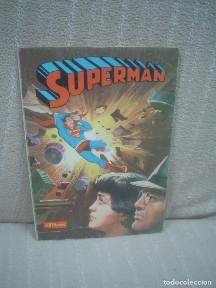 SUPERMÁN - LIBRO CÓMIC TOMO XXXVII (Tebeos y Comics - Novaro - Superman)