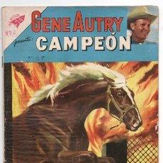 Tebeos: GENE AUTRY # 86 NOVARO 1961 CAMPEON ASALTO EN LA CARRETERA & PRUEBA COMPROMETEDORA BUEN ESTADO. Lote 127532603
