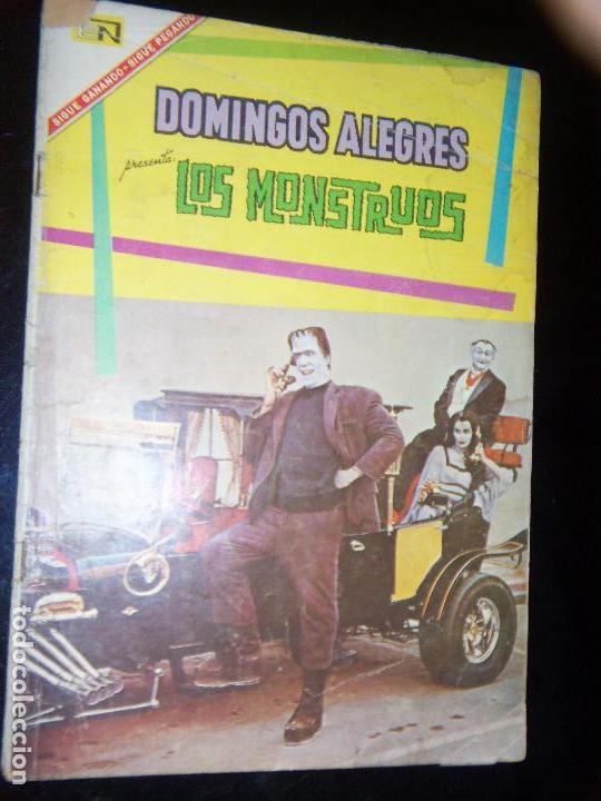 DOMINGOS ALEGRES N.674 LOS MONSTERS GERMAN MONSTER SERIE TV (Tebeos y Comics - Novaro - Domingos Alegres)