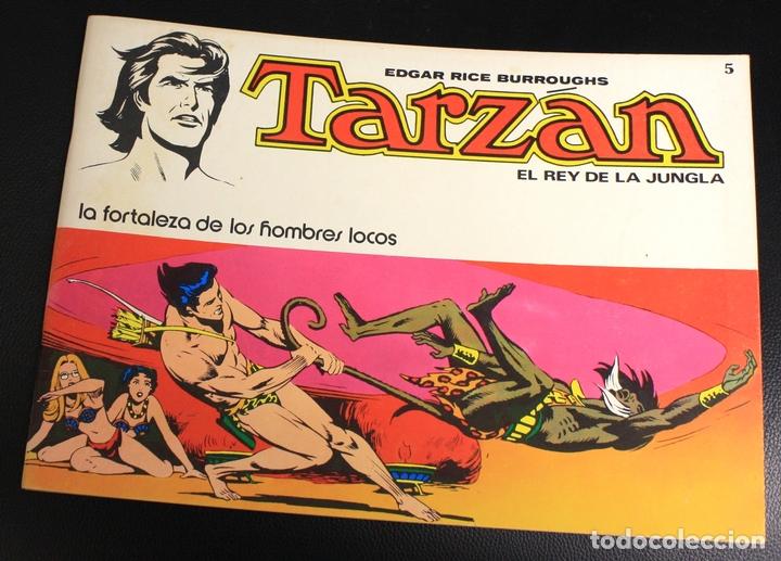 TARZAN. EDGAR RICE BURROUGHS. Nº 5. LA FORTALEZA DE LOS HOMBRES LOCOS. NOVARO, 1976 (Tebeos y Comics - Novaro - Tarzán)