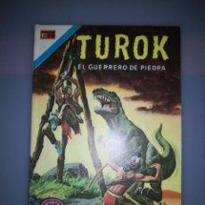 Tebeos: TUROK EL GUERRERO DE PIEDRA Nº 66 BUEN ESTADO. Lote 189227585