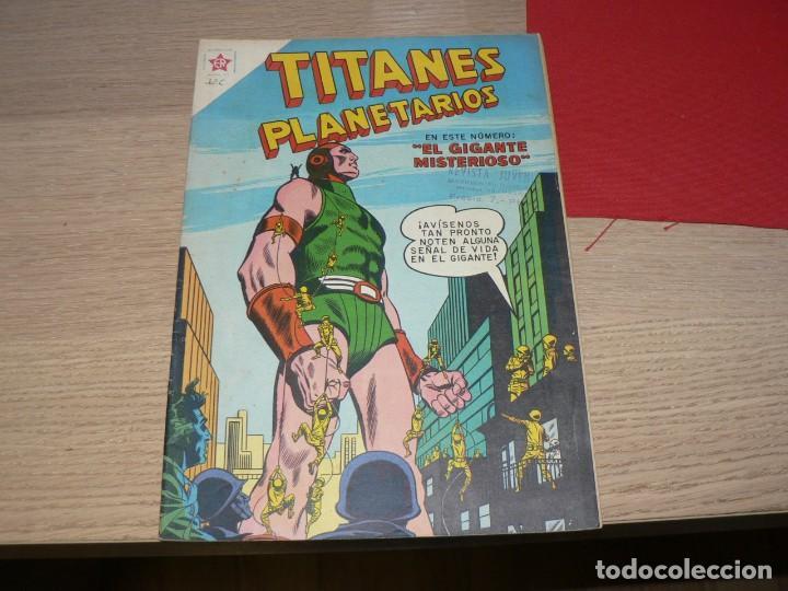 TITANES PLANETARIOS 69 (Tebeos y Comics - Novaro - Otros)