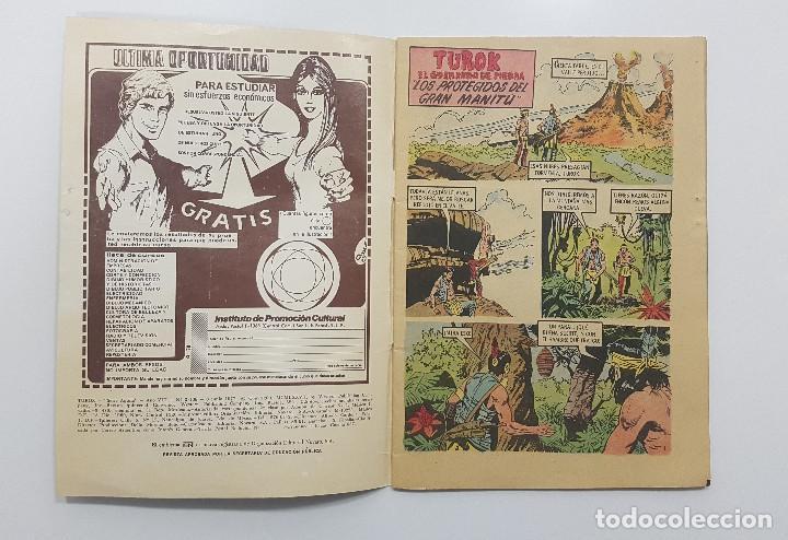 Tebeos: TUROK EL GUERRERO DE PIEDRA nº 138 1977. Serie AGUILA. Los protegidos del gran Manitú. NOVARO - Foto 2 - 195447205