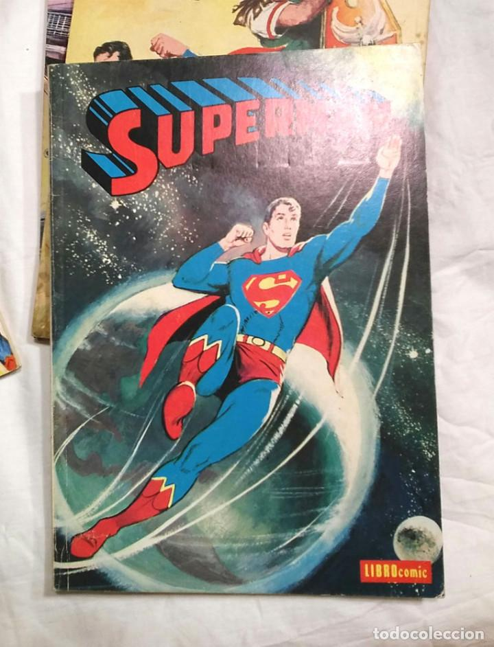 Tebeos: Lote 7 tomos Superman n° 19, 24, 26, 27, 49, 50 y 51 año 1976 - Foto 3 - 198588271