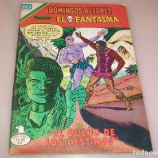 Tebeos: DOMINGOS ALEGRES EL FANTASMA EL DUEÑO DE LOS DESTINOS PRESENTA HUMEDAD EN CONTRAPORTADA. Lote 208462176