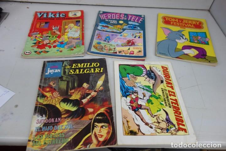COLECCIÓN Nº 45 DE 5 TEBEOS Y CÓMICS TOM Y JERRY ENTRE OTROS (Tebeos y Comics - Novaro - Tom y Jerry)