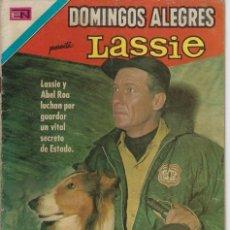 Tebeos: DOMINGOS ALEGRES: LASSIE - AÑO XVII - Nº 867 - NOV. 8 DE 1970 ** EDITORIAL NOVARO **. Lote 211651025