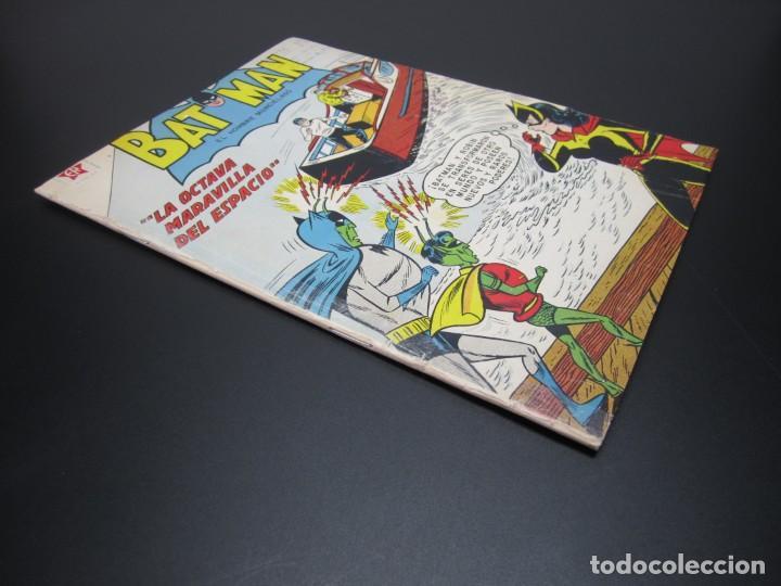 Tebeos: BATMAN (1954, ER / NOVARO) 111 · 1-I-1962 · BATMAN. EL HOMBRE MURCIÉLAGO - Foto 3 - 227229055