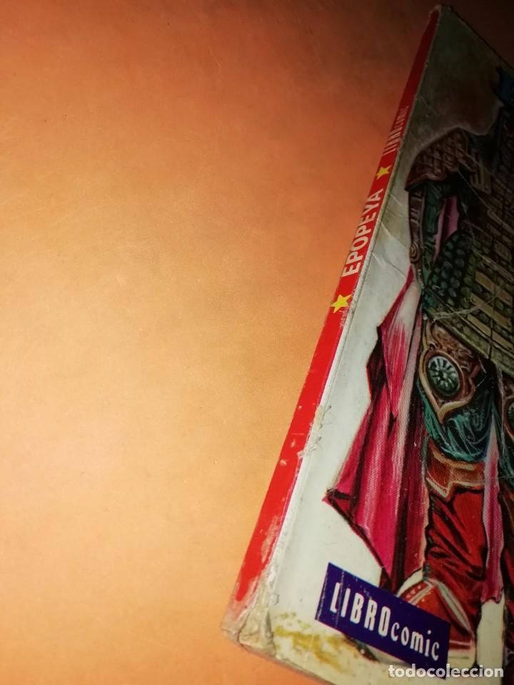 Tebeos: GENGIS KHAN. SEÑOR DE ASIA. COLECCION EPOPEYA. LIBRO COMIC. EDITORIAL NOVARO 1960 - Foto 2 - 239466410