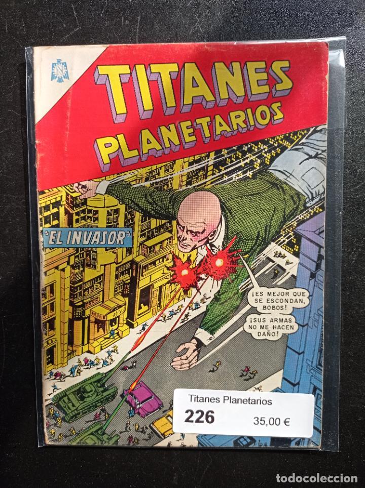 TITANES PLANETARIOS 226 (Tebeos y Comics - Novaro - Sci-Fi)