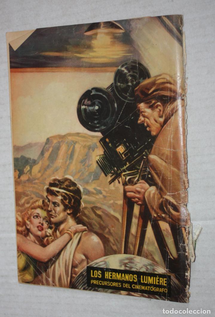Tebeos: VIDAS ILUSTRES Nº 6 - LOS HERMANOS LUMIERE - PRECURSORES DEL CINEMATOGRAFO, 1956 - ED. NOVARO . - Foto 2 - 251946655