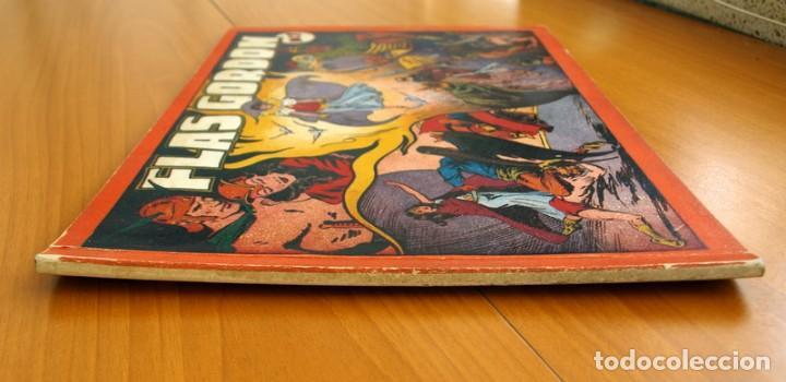 Tebeos: Flas Gordon álbum rojo nº 1 - Editorial Hispano americana 1944 - Tamaño 35x24 cm. - Foto 2 - 146493254