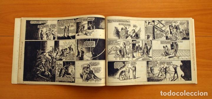 Tebeos: Flas Gordon álbum rojo nº 1 - Editorial Hispano americana 1944 - Tamaño 35x24 cm. - Foto 7 - 146493254