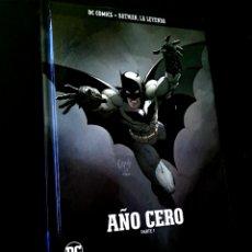 Giornalini: PRECINTADO BATMAN LA LEYENDA VOLUMEN 1 AÑO CERO PARTE 1 COMICS DC ECC TAPA DURA TOMO. Lote 237647390