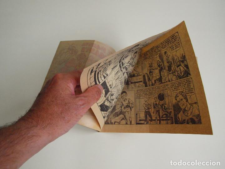 Tebeos: EL PLANETA GIGANTE - PLATILLOS VOLANTES Nº 12 - 2ª SERIE - CON EL HÉROE DEL ESPACIO PERRY CURTIS - Foto 2 - 131426706