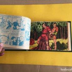 Tebeos: FLECHA Y ARTURO 2ª SERE. 1 TOMO CON 30 Nº. AÑO 1966. EDITORIAL RICART. Lote 159003338