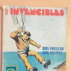 Tebeos: LOS INVENCIBLES - DOS FRESCOS CON SUERTE. ROLLAN. SERIE AZUL. NUM 7. Lote 231926280