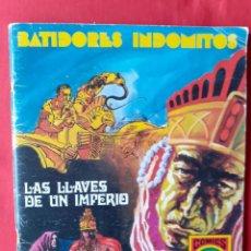 Tebeos: BATIDORES INDOMITOS. LAS LLAVES DE UN IMPERIO. ROLLAN 1973 N 1 SERIE ROJA N 4 + REGALO POSTER CORBEN. Lote 245957960