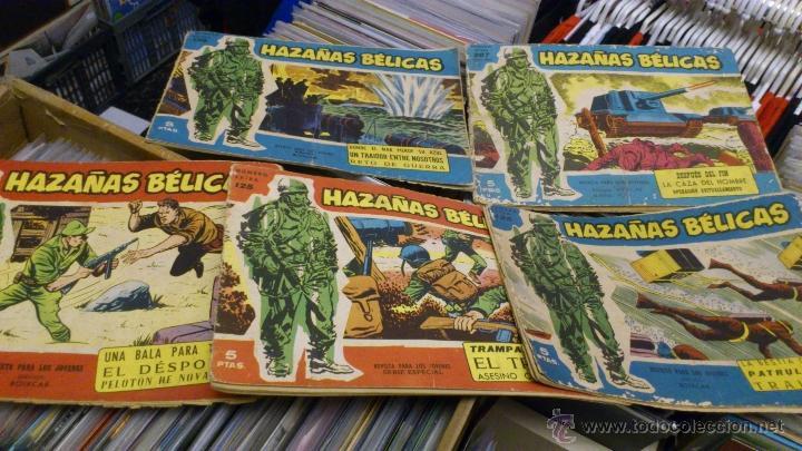 LOTE DE 5 NUMEROS DE AZAÑAS BELICAS 5 PTS NUMEROS 98-125-159-207 1965 1958 (Tebeos y Comics - Toray - Hazañas Bélicas)