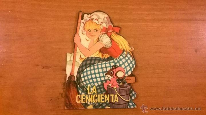 MINI CLASICOS TORAY - LA CENICIENTA (PERRAULT) - Nº 3 - 1966 - ESPAÑA - (L. GARCÍA/ M. PASCUAL) (Tebeos y Comics - Toray - Otros)