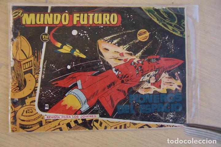 Tebeos: lote mundo futuro, 100 nº, fotos individual de 104 incluido los almanaques - Foto 10 - 132716850