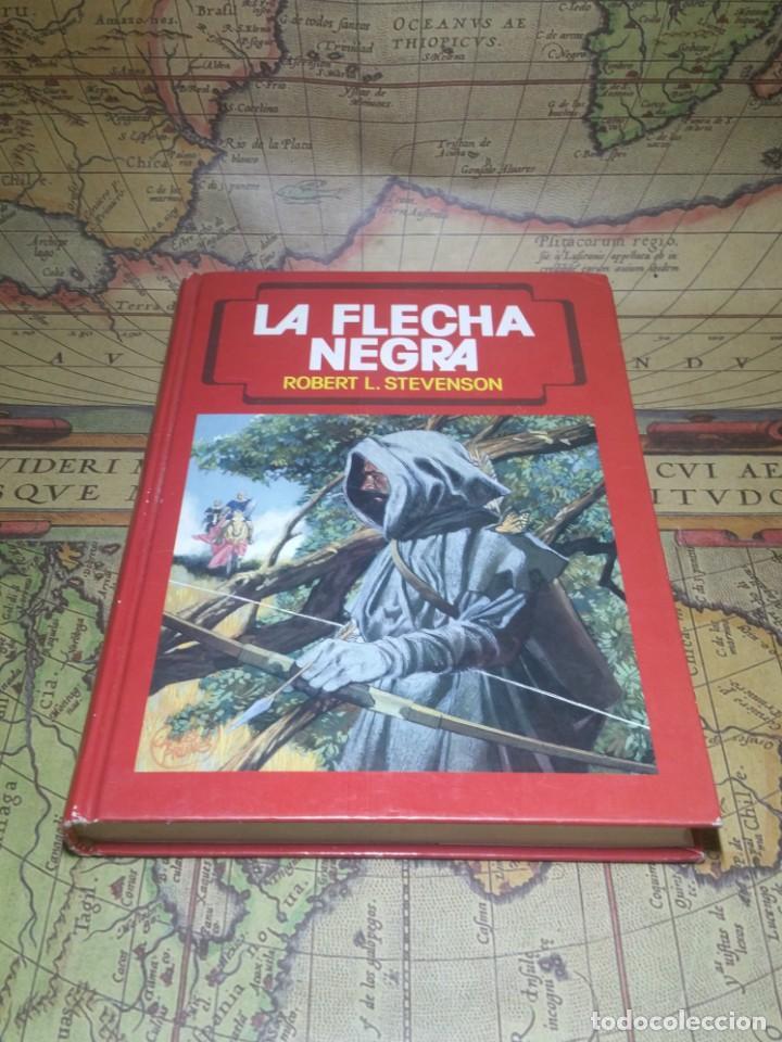 LA FLECHA NEGRA. ROBERT L. STEVENSON. TORAY 1990. (Tebeos y Comics - Toray - Flecha Negra)