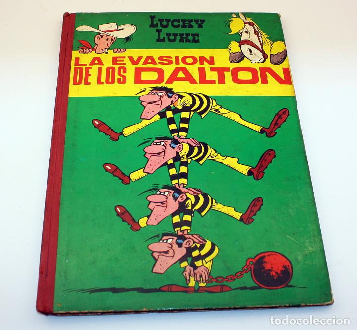 LA EVASIÓN DE LOS DALTON- LUCKY LUKE - EDICIONES TORAY - 1964 - PRIMERA EDICIÓN (Tebeos y Comics - Toray - Otros)